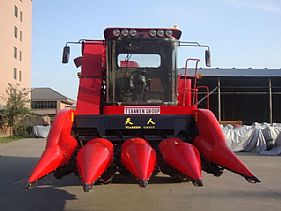 TR9988 Self-propelled Corn Combine Harvester