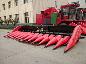 Twelve Row Corn Header